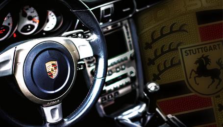 location voiture luxe lyon v hicule de sport et prestige etincelle automobiles. Black Bedroom Furniture Sets. Home Design Ideas